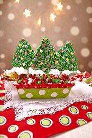 image of crispy rice  - Rice crispy bars decorated for a Christmas - JPG