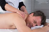 foto of execution  - A Technical execution of a Thai massage - JPG