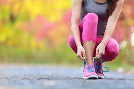 picture of running-late  - Running shoes  - JPG