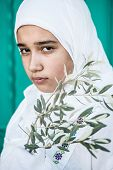 picture of middle eastern culture  - Arabic Muslim Middle Eastern girl - JPG