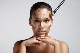 image of face-powder  - facial contouring - JPG