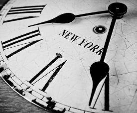 image of nyse  - Black and white New York clock - JPG