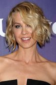 LAS VEGAS - APR 8:  Jenna Elfman at the NBCUniversal Summer Press Day at Huntington Langham Hotel on