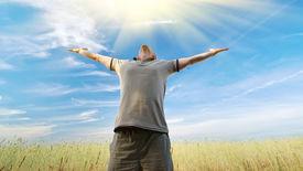 image of godly  - Man worship to God - JPG