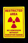 picture of restriction  - A safety sign that restricts admission to the radiation area - JPG