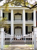 pic of natchez  - OLYMPUS DIGITAL CAMERA this is an old plantation home that sits on the Mississippi river - JPG