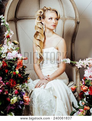 Beauty Emotional Blond Bride In