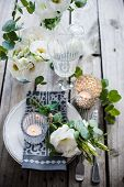 foto of wedding table decor  - Table setting with white flowers - JPG