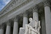foto of supreme court  - looking up at statue outside Supreme Court Washington DC - JPG
