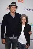 LOS ANGELES - AUG 11:  DAX SHEPHERD & MAX BURKHOLDER arriving to Summer TCA Party 2011 - NBC  on Aug