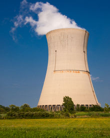 picture of reactor  - Steam from cooling hot water run in reactor core - JPG