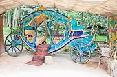 pic of cinderella coach  - Royal coach in  Saad Abad  complex - JPG