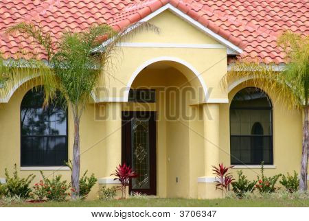 Picture Or Photo Of Entryway To A Middle Class Home In Central Florida Red T
