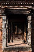pic of woodcarving  - BHAKTAPUR - JPG