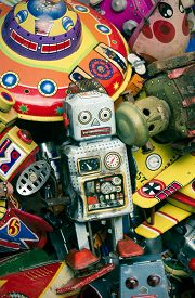 picture of tin man  - old tin toys macro image - JPG