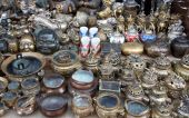 picture of curio  - Curio for sales at flea market - JPG