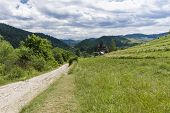 picture of pieniny  - Pieniny Mountains view on Trzy Korony shelter Dunajec Valley and Slovakia - JPG