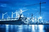 picture of shipbuilding  - Shipyard at work - JPG