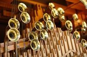 picture of pipe organ  - Close - JPG