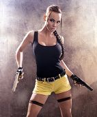 pic of raider  - Gun woman strikes back - JPG