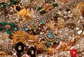 pic of glitz  - This is a large assortment of sparkling vintage rhinestone jewelry pieces - JPG