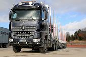 New Mercedes-benz Arocs 3263 Timber Truck