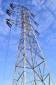 Постер, плакат: Электрическая мощность линии башня