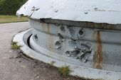 pic of top-gun  - Battle damage to steel armoured twin 75mm gun turret on top of French First World War Fort Froideterre near Verdun - JPG