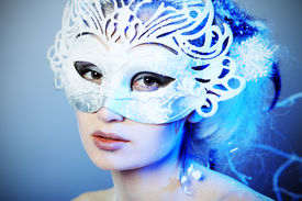picture of masquerade mask  - Art portrait of a beautiful female model in a carnival mask - JPG