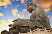 image of budha  - Giant Buddha sitting on lotusl - JPG