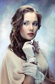 foto of irresistible  - Portrait of young glamourous woman on sparkling background in old Hollywood style - JPG