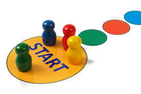 picture of pegging  - Game pegs on start field in game board - JPG