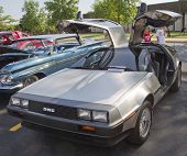 1981 Dmc-12 Delorean