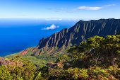 picture of na  - Amazing view of the Kalalau Valley and the Na Pali coast in Kauai - JPG