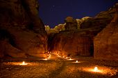 picture of petra jordan  - The Siq that leads into Petra in Jordan - JPG