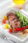 foto of rocket salad  - Roast Beef with Vegetables and Rocket Salad - JPG