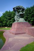 picture of chopin  - Frederick Chopin monnument in Lazienki park - JPG