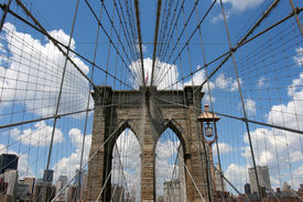 pic of brooklyn bridge  - one of several brooklyn bridge shots - JPG