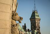 picture of unicorn  - Unicorn statue on the parliament buildings in ottawa ontario - JPG
