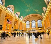 picture of hustle  - Commuters and shoppers in motion at Grand Central in New York - JPG