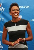 TV anchor Robin Roberts at the red carpet before US Open 2013 opening night ceremony
