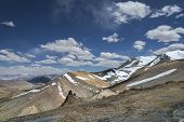 picture of manali-leh road  - View Of Snowed Mountains From Tanglang La Pass - JPG
