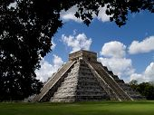 pic of ziggurat  - the ancient ziggurat of chichen itza at mexico - JPG