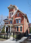picture of victorian houses  - A nice looking older upper middle class house - JPG
