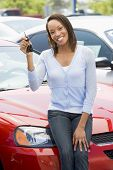 foto of car key  - Woman shopping for a car - JPG