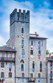 picture of saracen  - Large square in the historic center of Arezzo Tuscany - JPG