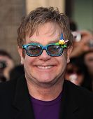 LOS ANGELES - JAN 23:  Elton John arrives at the