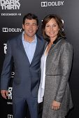 LOS ANGELES - DEC 10:  Kyle Chandler, Kathryn Chandler arrive to the 'Zero Dark Thirty' premiere at