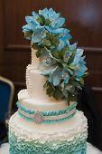 foto of three tier  - beautiful turquoise three - JPG