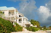 pic of beachfront  - Luxury home on the beachfront in Grand Cayman - JPG